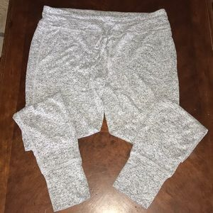 NWOT extremely soft loungewear  joggers